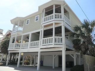 Luxurious Ocean View 6-Bed Home on Carolina Beach