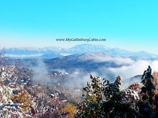 3BR 3BA Mountain View Game Room Borders Smoky Mtns, Gatlinburg