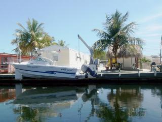 Waterfront Paradise- 3b/2b- 60ft Dock - Tiki Hut, Key Largo