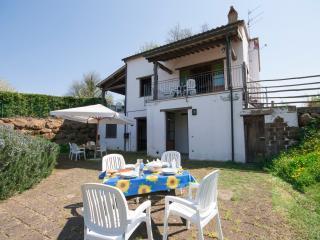 Appartamento Bilocale con piscina Valle Castagneta