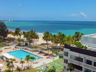 Direct on Isla Verde Beach, Steps to Casinos