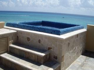 Ocean Front 3 Beds Penthouse in Downtown, Playa del Carmen