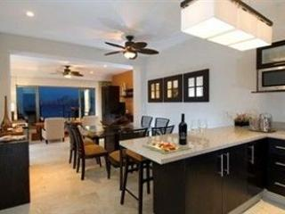 1 Bed Room on Medano Beach, Cabo San Lucas