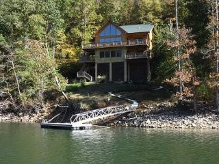TRUE LAKEFRONT LUXURY MTN CABIN,RESERVE SUMMER WEEK NOW-FREE WINE TASTING FOR 4