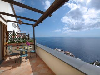 SPECIALDEAL IN JULY MODERN VILLA WITH FREE PARKING, Positano