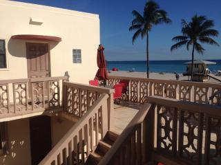 Oceanfront condo rental in Hollywood Florida