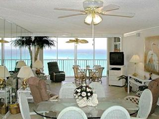Destin Paradise, Gulf Front, King Bed in Master