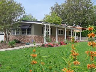 Beautiful home  3 beds - access to Pasadena & LA, Sierra Madre