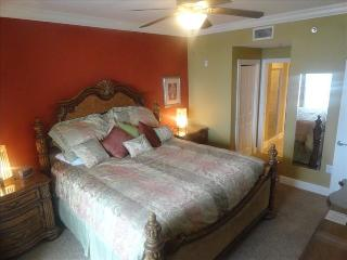 SUMMER SPECIALS BOOK NOW!, Beach, Poolside, Fort Walton Beach