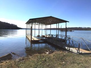 GREAT NASHVILLE LAKEHOUSE, FAMILY-FRIENDLY HOME!, Mount Juliet