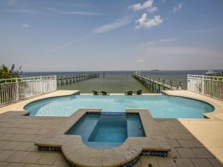 Newer Luxury Waterfront Home on Tampa Bay, Apollo Beach