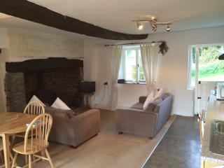 Courtyard Cottage, Shirwell