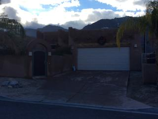 Santa Fe Home Available For Coachella & Stagecoach, La Quinta