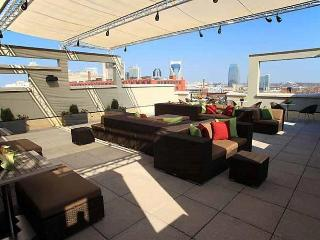Top Floor luxurious 2 bedr Condo in the Gulch-#564, Nashville