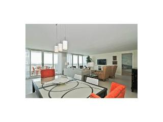 Modern, penthouse, luxury 2 bedroom condo, Miami