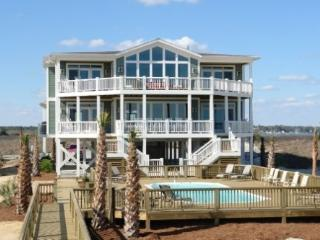 12Bedroom Ocean Front! Perfect for Family Retreats, Holden Beach