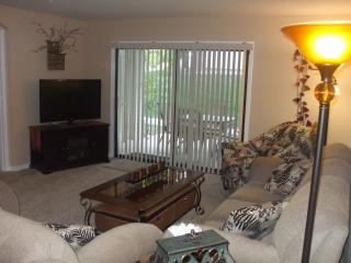 October Deal*By Strip*Very Nice*2 BR*Walk-In-No Steps*Indoor Pool*Hot Tub*Sauna*