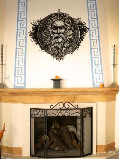 Parnas - Greek Themed Decoration