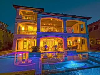 20% OFF MARCH: LUXURY Gulf View Home, Pool/Hotub!, Destin
