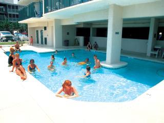 Charming 3 BR/ 3 Bath Condo Beachfront, Pool, WIFI, Myrtle Beach Nord