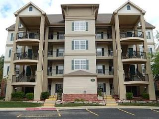 VERY nice 1 Bdm condo! 2 complimentary tickets!, Branson