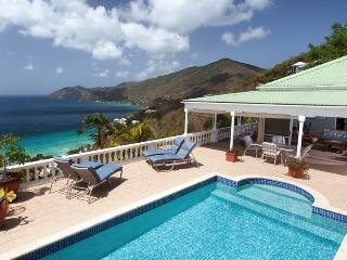 Delightful Villa in Long Bay with Spectaculer Views- Great Rates, West End