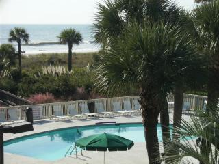 Breakers - Spectacular View of the Ocean and Pool, Hilton Head