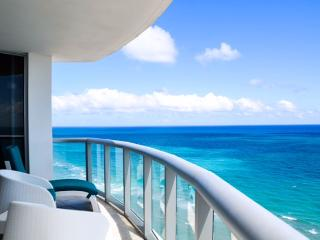M. Resort 2 Bedrooms apt Sunny Isles Beach