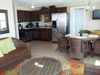 Luxury Oceanfront 4Bed/2Bath Condo @  North Villa, Daytona Beach