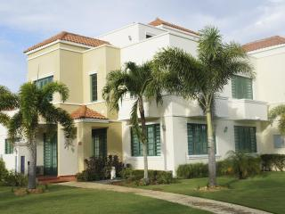 Seaside Villa for Family Vacation, Rincon