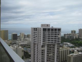 Penthouse Ocean View Studio 4406,  44th floor!, Honolulu
