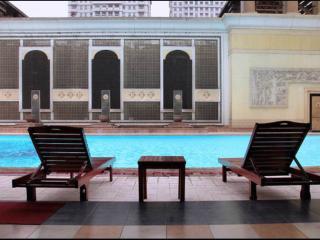 Spacious apartement w/ Balcony, Wifi & City View!