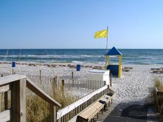 Beachfront. Sleeps 6. Spring Break Discount 10%!, Panama City Beach