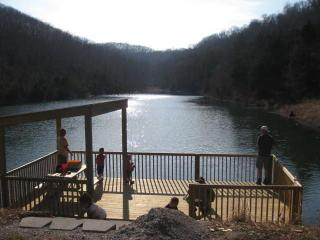 1 mile from Silver Dollar City! Special Book Today, Reeds Spring