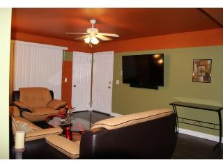 1 Bedroom Furnished Luxury Las Vegas Condo
