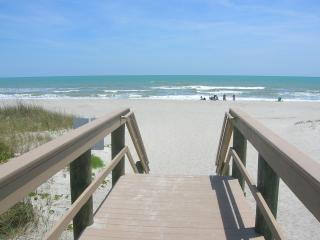 Cocoa Beach Oceanfront Getaway