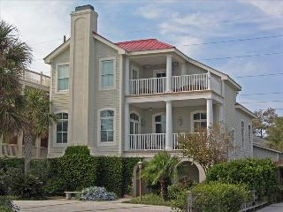 Relax and Have Fun with Lots of Room, Saint Simons Island