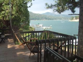 Lakefront Fisherman's Paradise - Huge Private Dock, Big Bear Region