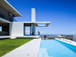 Beach front Villa on the dunes, Yzerfontein