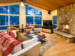 Snowmass Village, Clean,Contemporary Mountain Home