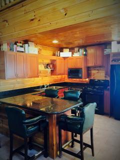5 Bedroom Unit - Full Kitchen