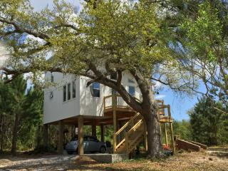 Eco Beach House in the Trees, Waveland