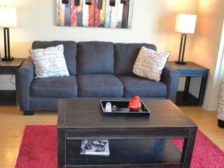 Luxurious Downtown 2 Bedroom Condo 466, Nashville