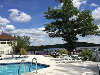 Big Boulder Condo Rental 2Bedroom 2Bath Lakefront, Lake Harmony
