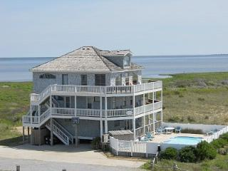 Oceanfront to Soundfront O.B.X Oasis by Owner, Hatteras
