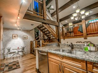 Luxury Townhome - Book 4 Nights Get 1 Free!, Steamboat Springs