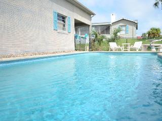 Beach Home 3Bed/2Bath With Pool In Daytona #2836, Daytona Beach