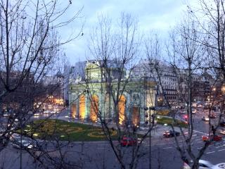 Puerta Alcala - Retiro 5200 sq.f., Madrid