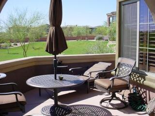 Fantastic Single Level Condo w/Community Pool, Cave Creek