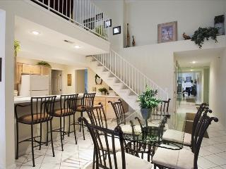 ** FREE NIGHT THRU AUGUST 2018 ** Luxury Ledges Condo/ Main Channel View
